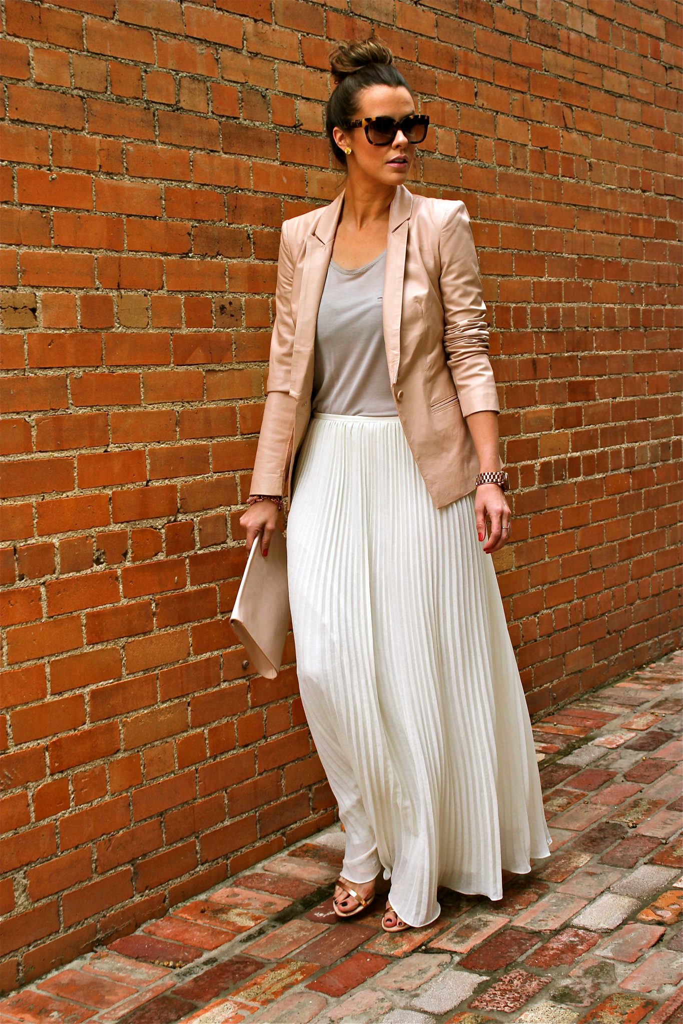 The New Neutrals Kerrently By Courtney Kerr Blazer Black Bebe Old But Love This Current White Version Tank Zara Skirt Theory Similar From Outnet Shoes Clutch